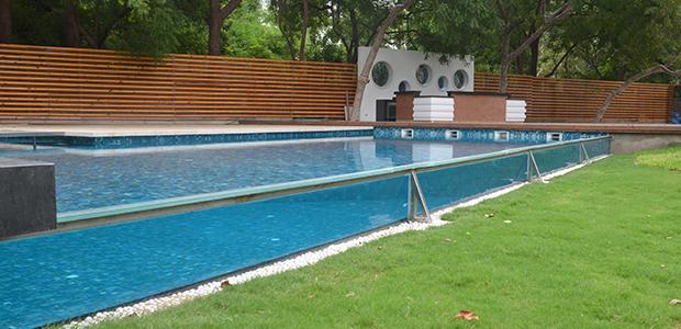 glass swimming pool by Matsyam